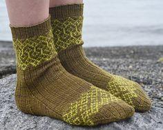 Ravelry: Priha pattern by Tiina Kuu FREE pattern Knitting Patterns Free, Free Knitting, Free Pattern, Knitting Videos, Knitting Projects, Knitting Socks, Knit Socks, Yarn Stash, Tube Socks