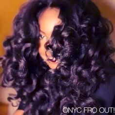 #TBT @facesofony Giving us LIFE with the Flexi Fro Out from the #ONYC Textured Straight #hair Collection.   Shop US Now>>> ONYCHair.com Shop UK Now>>> ONYCHair.uk