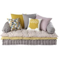 Couch Pillows 435864070159907254 - Banquette – 3 Suisses Source by adelinegillard Diy Couch, Diy Bed, Couch Pillows, Sofa Bed, Floor Seating, Floor Cushions, Floor Couch, Kids Decor, Girls Bedroom