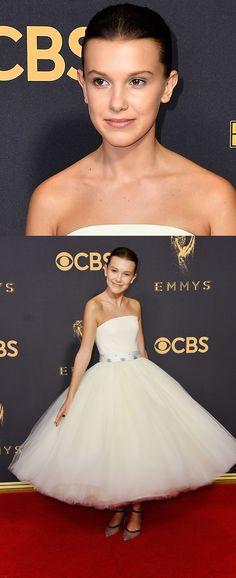 Uma verdadeira princesa! Millie Bob Brown escolheu o romantismo do tomara que caia rodado de Calvin Klein By Appointment para o Emmys