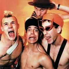 """483 Me gusta, 1 comentarios - Red Hot Chili Peppers (@rxdhotchilipeppers) en Instagram: """" #theredhotchilipeppers #redhotchilipeppers #rhcp #flea #anthonykiedis #hillelslovak…"""""""