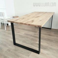 Eettafel eiken hout en staal. Op maat gemaakt, in elke afmeting. www.lijnm.com Ook andere bladen en poten.
