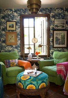8 Ways to Make a Small Room Look Bigger - those chairs look so comfy.