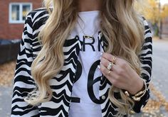 trendy long hair cuts with layers curly long hair ideas Step By Step Hairstyles, Twist Hairstyles, Curled Hairstyles, Long Curly Hair, Long Hair Cuts, Long Hair Styles, Homemade Hair Dye, Shoulder Hair, Princess Hairstyles
