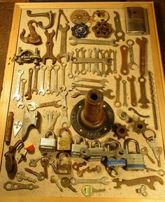 Junk metal parts wrenches,sprockets,lock&keys salvage,steampunk altered art Vintage Tools, Vintage Metal, Hex Wrench, Hex Key, Alters, Altered Art, Cast Iron, Keys, Steampunk