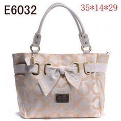 such a cute purse.
