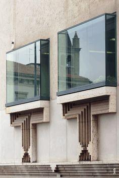 n-architektur:    Banca Popolare di Verona, Italy  Carlo Scarpa, 1973
