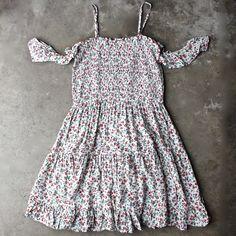 off the shoulder tiered floral print smocked dress - shophearts - 1