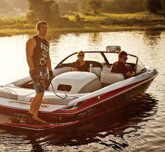 Will Asher getting ready on the 2012 Malibu Response TXi Malibu Boats, Slalom Skiing, Wakeboard Boats, Living On A Boat, Summer Cabins, Ski Boats, Fun Summer Activities, Boat Stuff, Jet Ski
