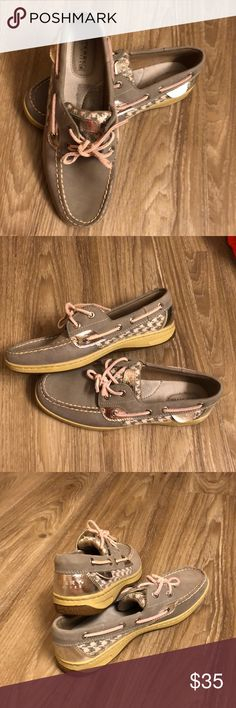 fe80c7d7425 Sperry Top Sider Gently used grey Sperry Top Sider with plaid detailing and  some sparkle.