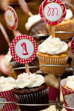 Western cupcakes and number sticks