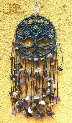 Micro macrame charm Tree of life, amulet for the home. Amethyst, tiger eye, and jasper stones. Macrame Necklace, Macrame Jewelry, Macrame Bracelets, Micro Macramé, Macrame Design, Macrame Tutorial, Macrame Projects, Macrame Patterns, Jasper Stone