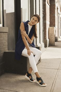 Slip into a shoe that elevates your on-the-go style. #startwithshoes