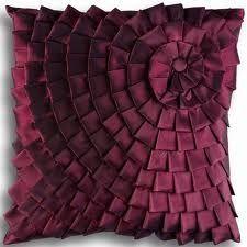 Silk Pleated Pillow Love this pillow. Sewing Pillows, Diy Pillows, Custom Pillows, Decorative Pillows, Throw Pillows, Bed Cover Design, Cushion Cover Designs, Pillow Design, Smocking Tutorial