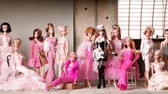 Barbie se cuela en el Museo de las Culturas de Milán. Nos guste, o no.  Barbie Museo delle Culture