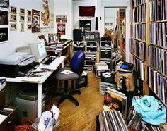 """""""Bedroom Rockers"""" – DJs and their Bedrooms / Livingrooms Pictures) Vinyl Record Store, Vinyl Records, Rockers, Dj Setup, Dj Booth, Record Collection, Home Studio, Sound Of Music, Cool Rooms"""