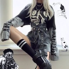Awesome Grunge Outfits Ideas for Women Gothic Outfits, Edgy Outfits, Mode Outfits, Grunge Outfits, Grunge Fashion, Gothic Fashion, Fashion Outfits, Goth Girl Outfits, Casual Hipster Outfits