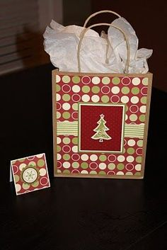 Stuck on Stampin': gift bags & matching tags. Christmas Gift Bags, Christmas Gift Wrapping, Xmas Gifts, Christmas Crafts, Christmas Ideas, Christmas Presents, Top Gifts, Craft Bags, Craft Gifts