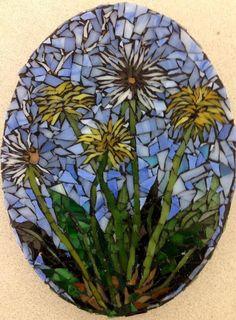 Beautiful Oval Dandelion Glass Mosaic by MoniqueSarfityMosaic Mosaic Rocks, Mosaic Stepping Stones, Pebble Mosaic, Mosaic Wall, Mosaic Glass Art, Mosaic Artwork, Mosaic Mirrors, Pebble Art, Mosaic Garden Art