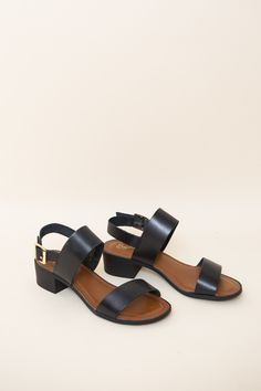 329b0f157616 Seychelles Cassiopeia Sandals in black leather. Thick black straps and a  wooden block heel give Cassiopeia an extra edge to your warm-weather look.
