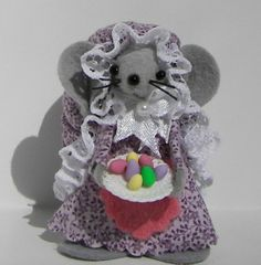 Jillyfrom the Easter Mice Felt Mouse Collection