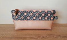 Federmäppchen - Stiftemäppchen Tilda Blüten rosé/blau - ein Designerstück von muffinscottage bei DaWanda Designer, Etsy, Blue