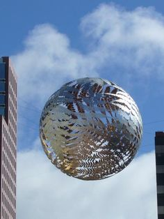 Huge Silver Fern sculptural piece by Neil Dawson, suspended above Civic Square, Wellington, NZ. Visit New Zealand, New Zealand Art, Wonderful Places, Great Places, Wellington New Zealand, Long White Cloud, Silver Fern, Last Minute Hotel Deals, Nz Art