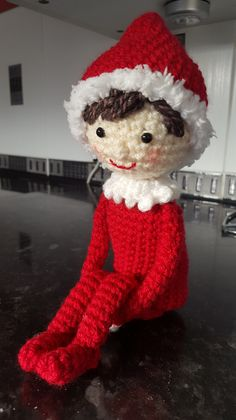 Mesmerizing Crochet an Amigurumi Rabbit Ideas. Lovely Crochet an Amigurumi Rabbit Ideas. Crochet Christmas Decorations, Christmas Crochet Patterns, Holiday Crochet, Christmas Knitting, Christmas Crafts, Crochet Santa, Cute Crochet, Crochet Crafts, Crochet Dolls
