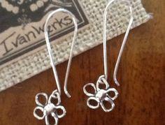 Flower SiLveR EaRRinGs/ Womens STeRLinG Silver by Ivanwerks
