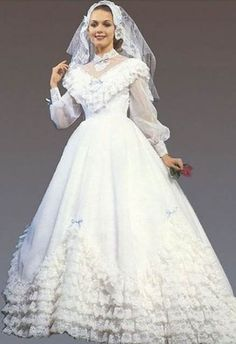 Vintage Wedding Dresses Thinking of an Themed Wedding? Here are 13 Dresses to Make . 1980s Wedding Dress, Vintage Wedding Suits, Vintage Wedding Photos, Modest Wedding Dresses, Vintage Bridal, Boho Wedding Dress, Vintage Dresses, Wedding Gowns, Wedding Blog