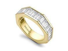 vertical baguettes octagonal shape - will be a bit more uncomfortable in a thicker size though Baguette Eternity Band, Baguette Diamond Band, Eternity Ring Diamond, Eternity Bands, Diamond Rings, Diamond Jewelry, Jewelry Rings, Jewellery, Best Diamond