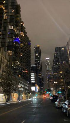 Night Aesthetic, City Aesthetic, Travel Aesthetic, New York Life, Nyc Life, Fotografia Vsco, Images Gif, City Vibe, Dream City