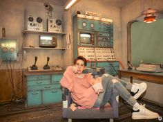 Park Kyung of Block B is releasing solo music soon, and so he's dropped teaser images for his very first solo mini-album, 'Notebook'!The album will be… Block B Park Kyung, Kyung Park, Vixx, Seoul, Solo Album, B Bomb, All About Kpop, Boyfriend Material, Teaser