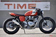 Bike exif already rounded up their favorite Triumph Scramblers and Thruxtons, but today they're tackling the base model in Triumph's modern. Triumph Scrambler, Scrambler Motorcycle, Girl Motorcycle, Motorcycle Quotes, British Motorcycles, Cool Motorcycles, Indian Motorcycles, Vintage Motorcycles, Royal Enfield