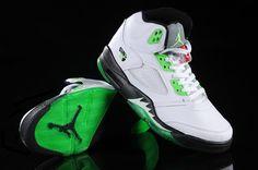 Air Jordan 5 V Retro Shoes White Black Green Nice Jordans, Jordans Girls, Nike Air Jordans, Best Sneakers, Casual Sneakers, Shoes Sneakers, Sneaker Dress Shoes, Sneaker Boots, Nike Basketball