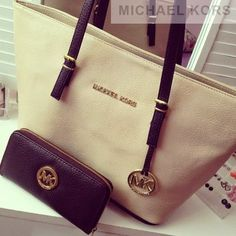 Smartly Business Casual bags for Women #GameDay #MichaelKors #Michael #Kors #Bags