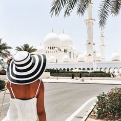 Abu Dhabi. ✔️ I know for a fact she had to cover up before entering the mosque.