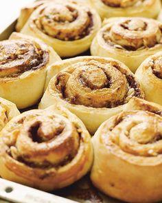 Auntie Gunnvor's Norwegian Skillingsboller Almond Buns Almond Buns Recipe, Norwegian Food, Norwegian Recipes, Delicious Desserts, Yummy Food, Donuts, Sweet Paul, Easy Bun, Scandinavian Food