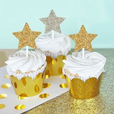 Gold Star Cupcake Toppers are easy to make with these sparkly gold glitter star stickers! Perfect for a Twinkle Twinkle Little Star Theme Baby Shower or
