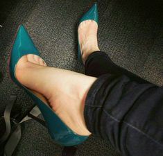 Love this color heels