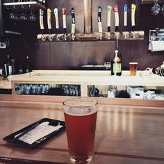 Dragonfly IPA at @uplandbrewco. Perfect on a cool almost-autumn night. #drinklocal #visitbtown