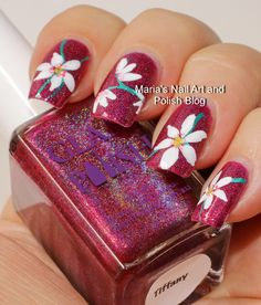 Large white floral nail art for Tiffany