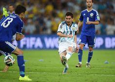 2014 FIFA World Cup: Argentina gets past Bosnia-Herzegovina, 2-1