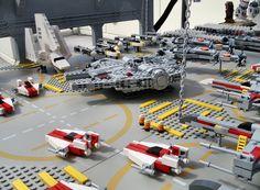 LEGO Midi Scale Rebel Hangar by Ѕolo