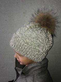 Lapsen heijastava neulemyssy Novita Hohde | Novita knits