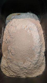 Rosquipan en panificadora de Lidl | BUENOS RATOS LOLA Bread, Food, Bread Machine Recipes, Sweets, Deserts, Cook, Thermomix, Brot, Essen