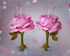 Diy Arts And Crafts, Clay Crafts, Diy Craft Projects, Wedding Wine Glasses, Wedding Champagne Flutes, Glamour Decor, Paper Flowers Diy, Flower Crafts, Luxury Wedding Decor