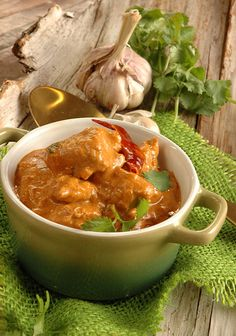 Butter Chicken by Masterchef& Ilse Nel for RSG - My Easy Cooking South African Recipes, Indian Food Recipes, Ethnic Recipes, Easy Cooking, Cooking Recipes, Slow Food, Indian Dishes, Butter Chicken, Curry Recipes