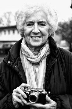Shirley Baker, fotógrafa