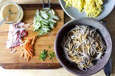 Soba noodles, omelet